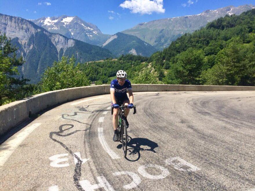 Galleri: 12 unge ledige nåede toppen af Alpe d'Huez