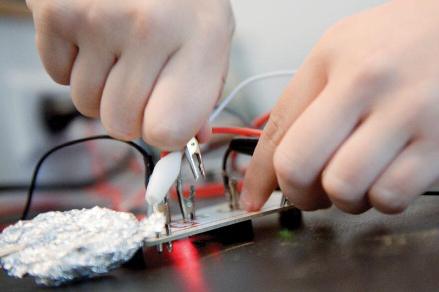 Vejle Kommune skaber bredt samarbejde om at udbrede forståelsen for teknologi