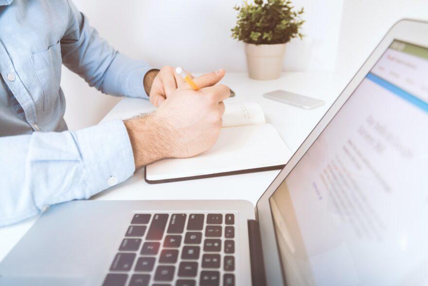 Få op til 50 timers gratis konsulenthjælp til at udvikle din virksomhed efter corona