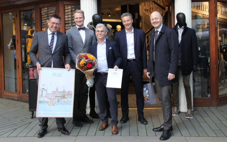 Poul Iversen får prisen som Årets Købmand 2020