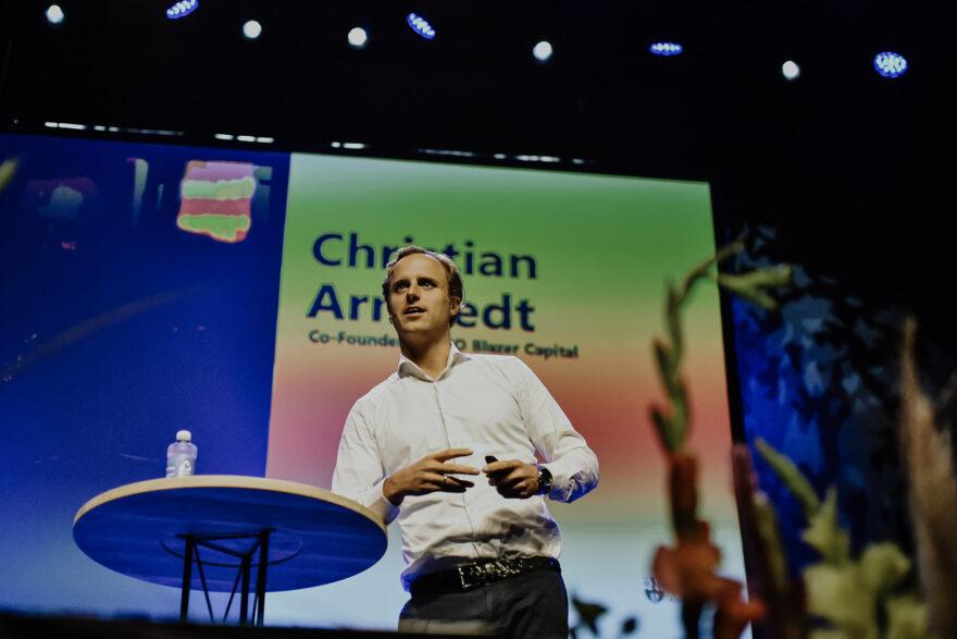 Christian Arnstedt: Det koster ofte kun en croissant og en kop kaffe