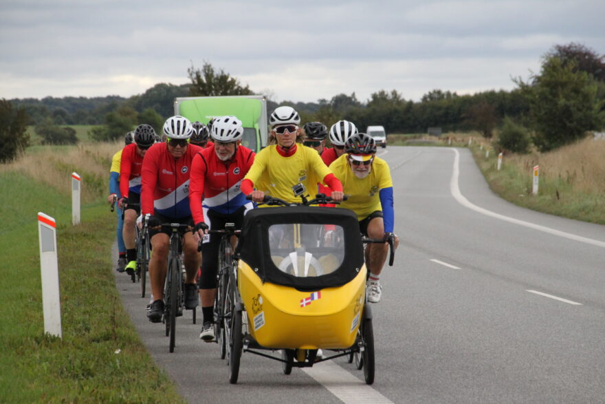 Magne cyklede Touren til Vejle: Grand Départ trofæet krydsede kommunegrænsen